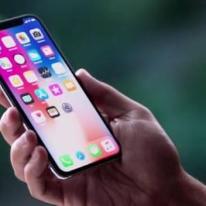"iPhone X爆史上""最芝麻绿豆""的问题,但苹果愿意换新机"