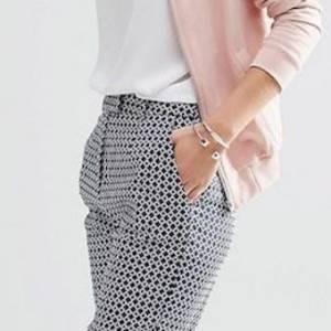 如何驾驭格子裤的个性路线?