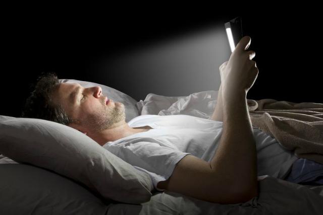 想睡个好觉?睡前就不该吃这三种食物!