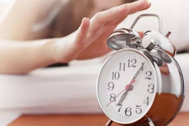 早起6大好处!原来这个时间起床最健康