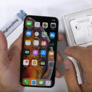 号称最坚固玻璃  iPhone XS耐刮能力惊人!
