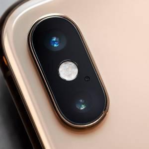 iPhone XS 悄悄加入美颜功能?