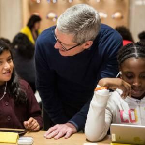 苹果捐赠iPad反被学生嫌弃:影响师生互动!