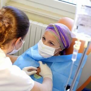 面对化疗和电疗后的副作用时,这么做可以舒缓不适感!