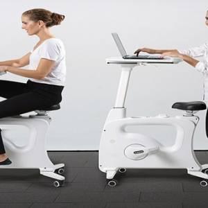 上班族动起来!智能健身办公桌 让你上班也能减肥!