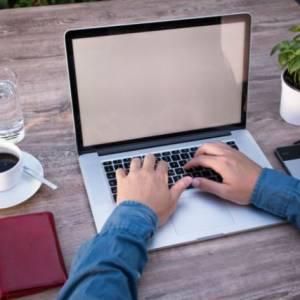 苹果新专利!MacBook可边打字边进行健康侦测