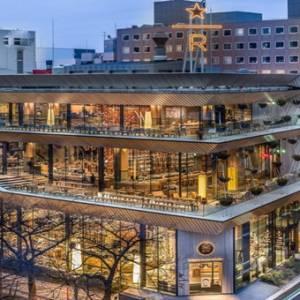 为了陪你看樱花 星巴克把世界最大的臻选烘培坊开到了日本