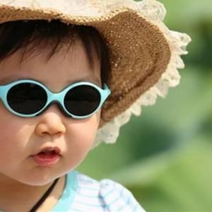 小孩比成人更需要佩戴墨镜?!关于眼镜你了解多少?
