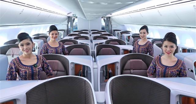 【旅游情报】新航公开招聘空姐空少 !KL站面试就在这个周末!