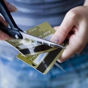 Maybank做出这项宣布,我决定取消手上的信用卡!
