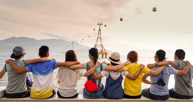 你是否在国外度假时,期待能遇到同胞?