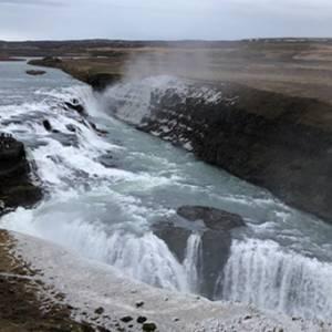 冰岛最受欢迎的黄金圈一日游!蓝湖千万别在太阳下山后去!