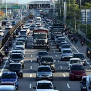跨州首日北上车流量变多 多景点预料迎来报复性旅游