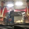 Pekerja Pasar Raya Onani Di Hadapan Kereta Pengunjung Tanpa Segan Silu. Seramnya!