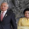 Mahathir Kata Rosmah Gemuk Sehingga Berjalan Seperti Gearbox - Najib