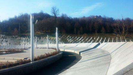 Srebrenica Cemetery 5.jpg