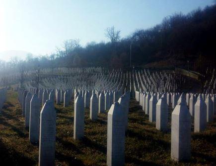 Srebrenica Cemetery 4.jpg