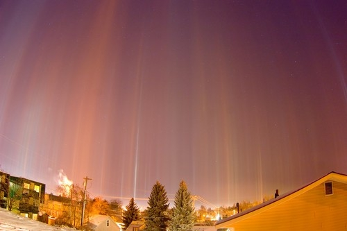 Light-pillars-over-Moscow.jpg