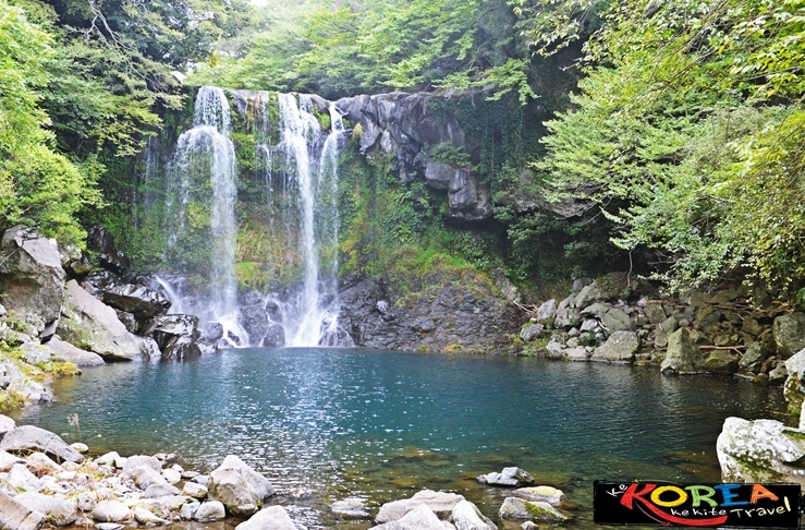 2nd waterfalls of Cheonjaeyeon