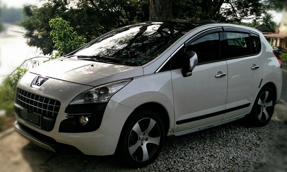 Peugeot3008.edit.jpg