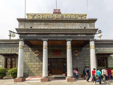 127151085-the-house-of-sampoerna-is-a-tobacco-museum-and-headquarters-of-sampoer.jpg