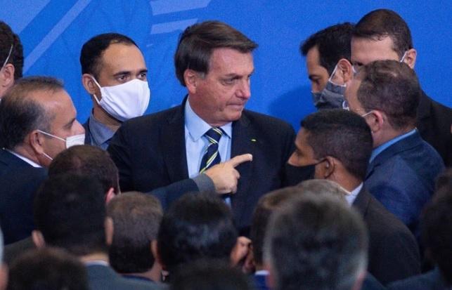 Jair Bolsonaro tidak suka pakai mask.jpg