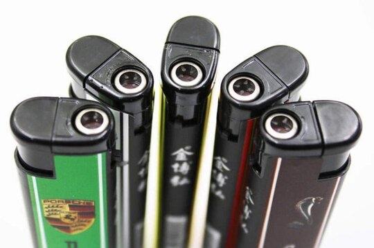 rsz_custom-made-lighters.jpg