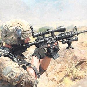 Tentera AS bunuh dua pelajar kolej