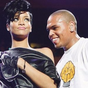 Rihanna, Brown masih berhubung?