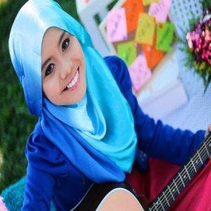 Video Pelajar AS Nyanyi Lagu Sahabat Najwa Latif