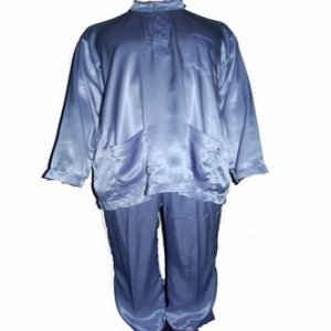 Curi dan sorok baju raya dalam seluar