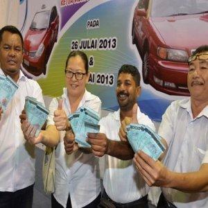 Teksi Penang Dpt Duit Raya..Teksi Kedah??