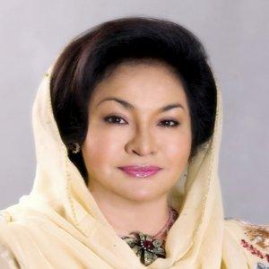Rosmah Sumbang Rm515,000 Pada Tabung Hari Pahlawan