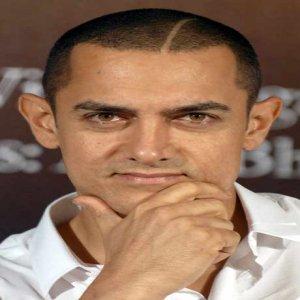 Aamir Khan Terdesak Kekalkan Populariti?