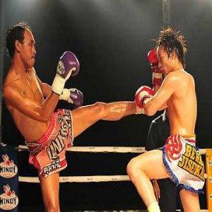 Nyaris Ditomoi Lelaki Thailand