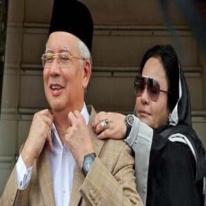"Najib Puji ""Pengorbanan"" Rosmah-Hmmm...Ohh...Well...Gosh...My God!!"