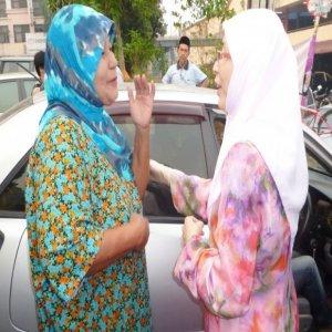 Teruja Jumpa Wan Azizah Di Pasar Kajang