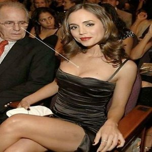 Celebrities Staring At Boobs