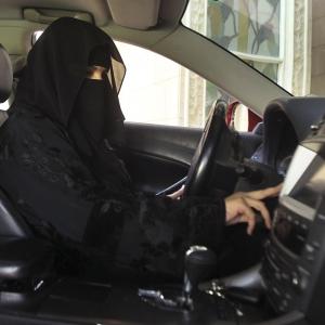 Wanita Malaysia memandu lebih baik daripada lelaki