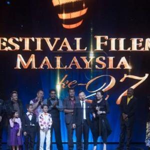 Buang Duit Aje Pergi Tengok Filem Melayu?