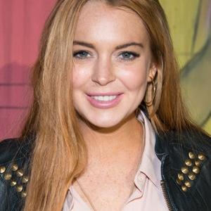 Lindsay Lohan Tarik Perhatian Netizen Malaysia, Ucap Hari Lahir Sultanah Pahang