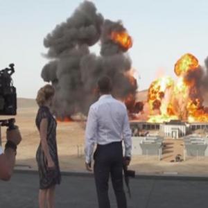 Filem Bond Catat Rekod Letupan Paling Besar Dalam Sejarah
