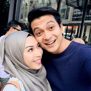 Tahniah! Isteri Shukri Yahaya Hamil 3 Bulan