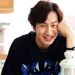 Telefon Bimbit Lee Kwang Soo Di Jumpai Di KLCC
