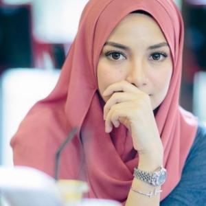 Neelofa Kecewa Ada Pihak Palsukan Jenama Naelofar Hijab
