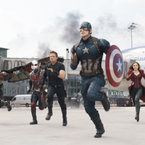 Captain America: Civil War Bakal Cantas Rekod Zootopia Filem Terlaris 2016?