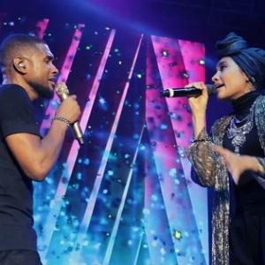 Parodi Menghina : 'Stupid Video' Yuna Peluk Usher MeleTOP Mohon Maaf