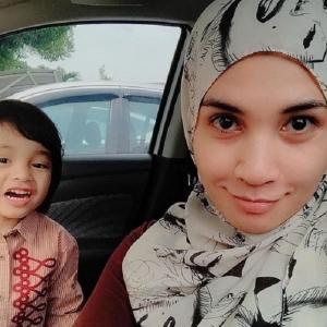 Instagram Izreen Azminda Digodam, Hilang 1.2 Juta Pengikut