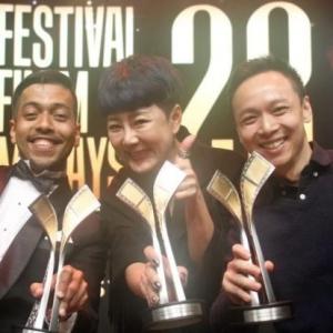 Tahniah! Filem 'Ola Bola' Rangkul Tiga Trofi Pada Malam Perasmian FFM28
