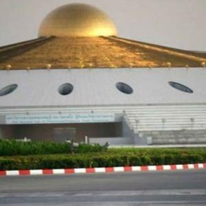 Polis Jumpa Terowong Rahsia Bawah Kuil Ketika Buru Sami